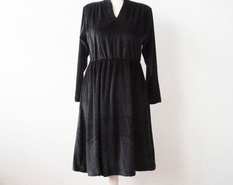 80s Vintage Dress // VELVET