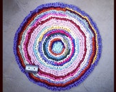 28 inch diameter round colorful rag rug