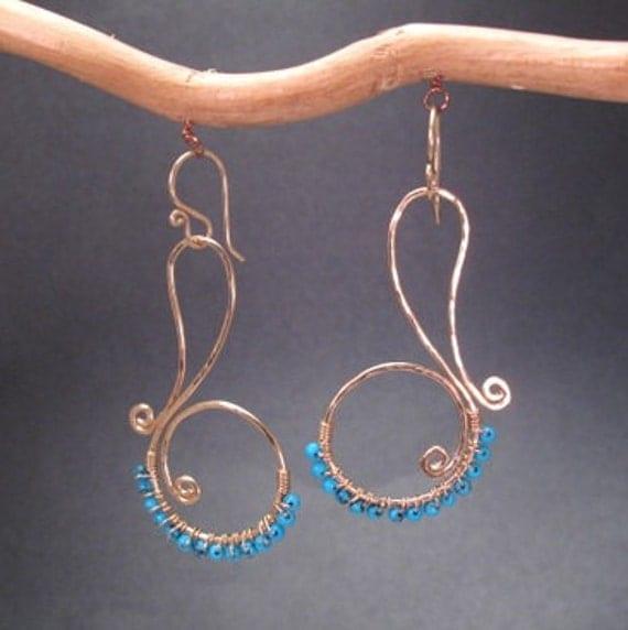 Hammered Turquoise gemstone swirl earrings  Nouveau 75