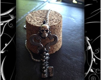 Wire Wrapped Skeleton Key with Skull