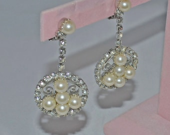 Bridal Earrings Vintage Rhinestone Pearl Dangle Clip Runway