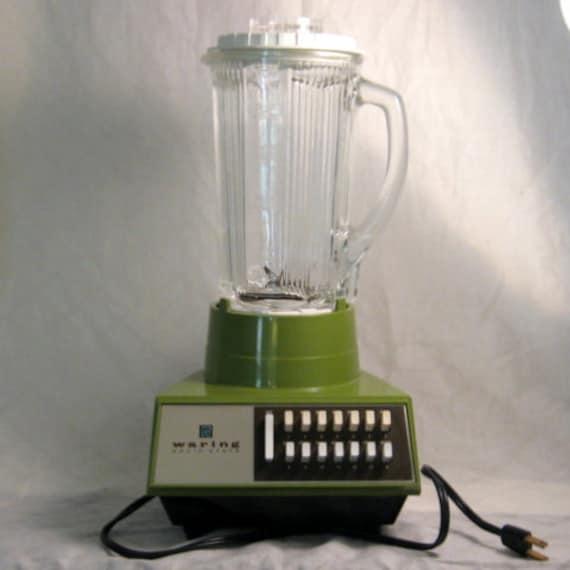 Vintage Waring Solid State Blender 14 Speed Retro Avocado