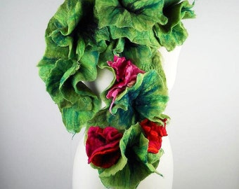 GREEN SCARF Felted Scarf Wool Scarf Nunofelt Scarf Wrap Flower Scarves Fairy Scarf Felt Nunofelt Nuno felt Silk fairy multicolor