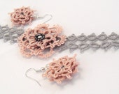 Tatting bracelet and earrings set in pink and greycolor- Flower Lady in Pink - tatted lace bracelet and earrings set