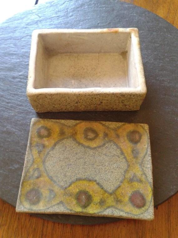 mid century modern ceramic jewelry trinket vintage Easter Mother's day birthday Alfaraz Studio Spain pottery art deco wedding gift box