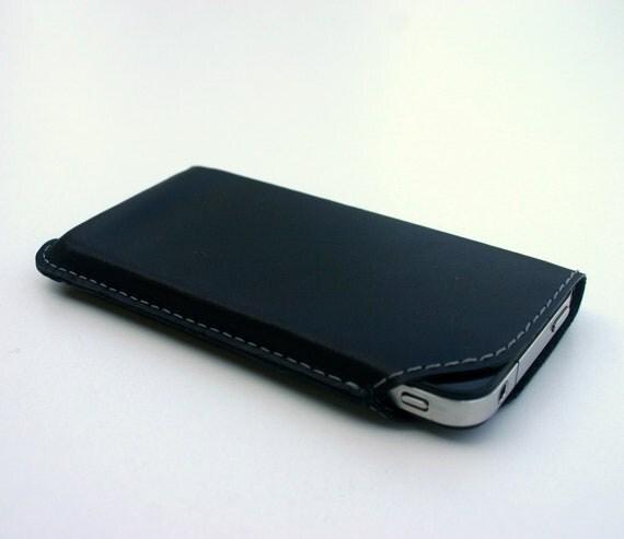 Leather iPhone case - black