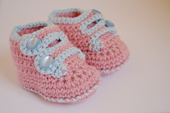 crochet pink and blue baby shoes with buttons by