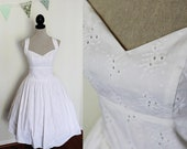 SALE - Short Retro Wedding Dress - Size 2XLarge