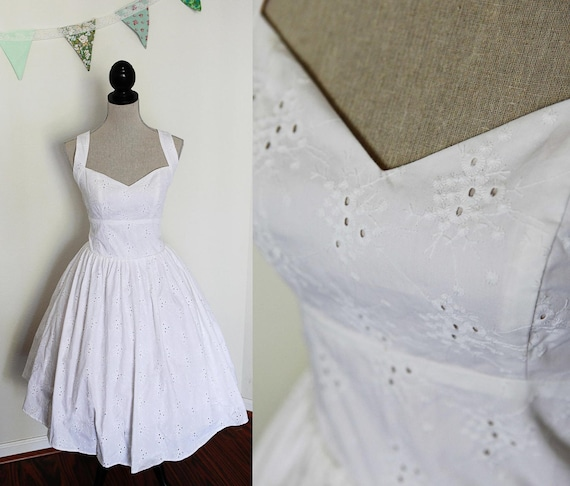 Short wedding dress pin up style cotton eyelet lace fabric for Pin up inspired wedding dresses