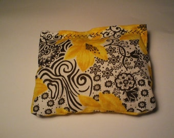 Yule Blend Reiki Rest and Relaxation Small Square Herbal Dream Pillow in GOLDEN BLOOM