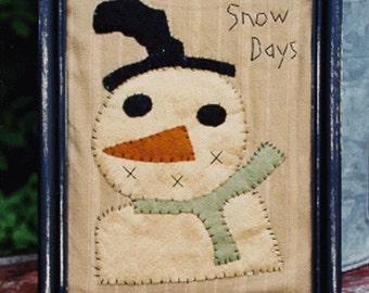 Primitive Snowman Instant Download E Pattern Wool Applique Pattern Folk Art Snow Days