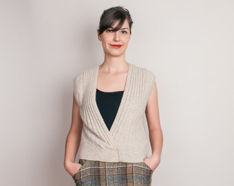 Vintage Super Soft Wool Cardigan Sweater Vest in Oatmeal - M