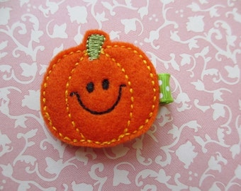New for Fall -- Pumpkin Felt Hair Clip