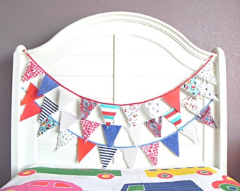 Patriotic Bunting, Patriotic Banner, 4th of July Bunting, Patriotic Garland, Bunting, Fabric Bunting, Patriotic Decor, Bunting Banner, Flags