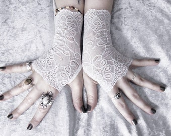 Vanya Lace Fingerless Gloves - Snow White Floral Paisley Scroll - Wedding Gothic Burlesque Belly Dance Fetish Goth Bridesmaid Bridal Mori