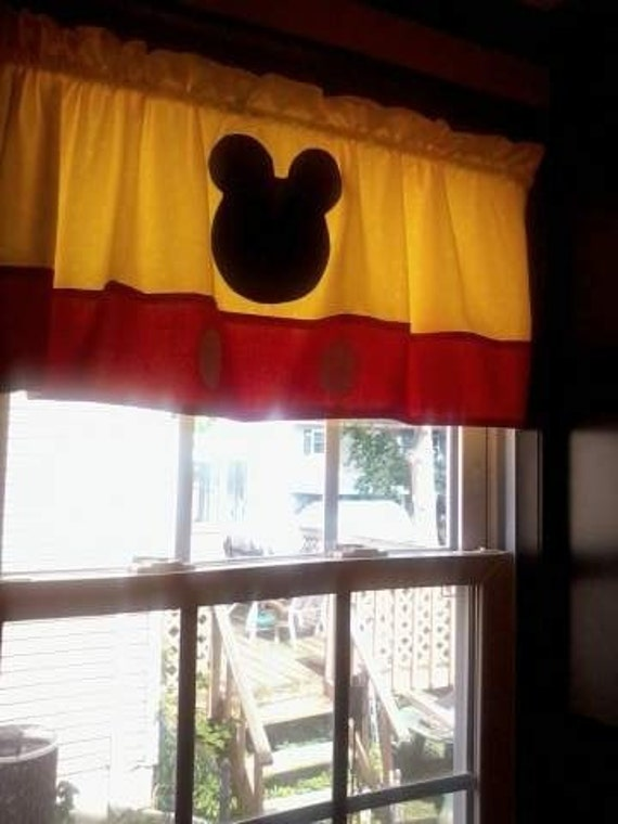 mickey mouse bedroom curtains mickey mouse valance 16182