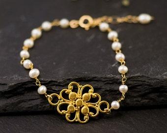 White Pearl Bracelet - Filigree Bracelet - Gold bracelet - Wire wrapped bracelet - bridesmaid bracelet