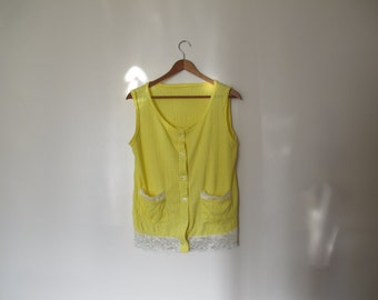 70s yellow lace tunic top blouse sleeveless tank white lace trim blouse button down shirt XS S M crepe tank top