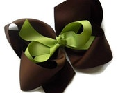 Extra Large 7 inch Boutique Hair Bow, Headband, Girls hair bows, Big hair bows, Jumbo bow, Photo prop, You choose Color