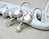 luna... silver moonstone drop earrings / sterling silver hammered disc / moon / lunar