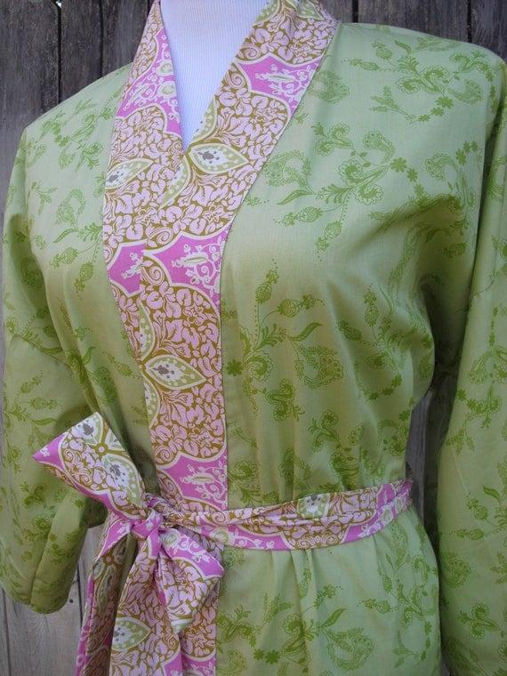 SALE WAS 75.95 KIMONO Robe - Fits Size Med/Lg - Dressing Robe - Short Kimono Robe - Summer Robe