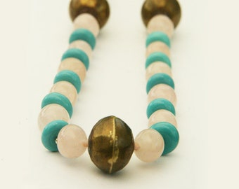 Vintage 1970s necklace with rose quartz, light blue glass beads and bronze beads