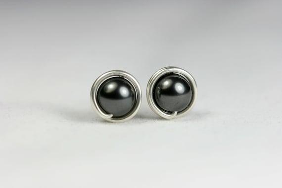 Black Pearl Stud Earrings Sterling Silver Pearl Earrings Black Pearl Earrings Pearl Jewelry Swarovski Pearl Stud Earrings Dark Grey