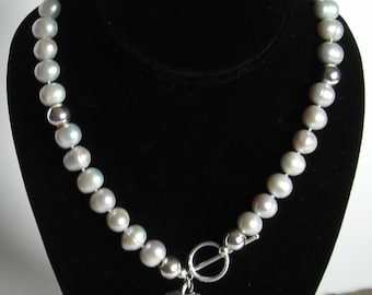 Pearl Necklace - Gray Pearls with Sterling Silver Hearts - The Illumina