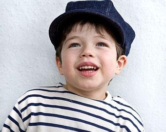 Newsboy hat for organic kids in dark blue denim, eco friendly sailor cap in hemp and cotton. Oliver Twist hat.