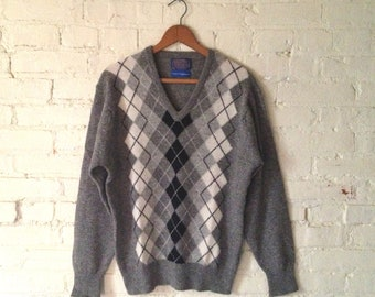 SALE Vintage Pendleton Argyle Sweater, Men M