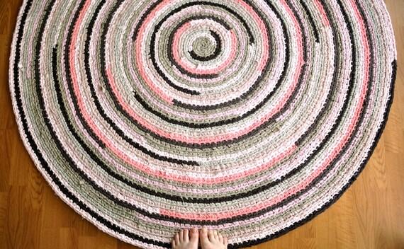 Reserved for Elisabeth Round Crochet Rug
