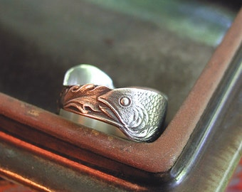 Fish In Waves Amazing SIZE 7.5 Ring Sterling Silver Band From Rare Vintage Spoon Wonderful Pisces Gift Or Any Fish Collector