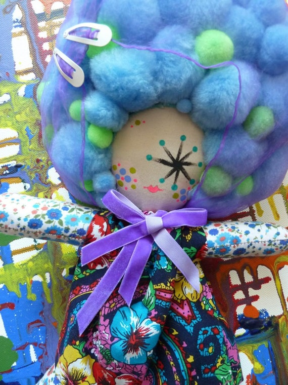 AFRO-POM - One-Eyed Mod Girl - Blues and Greens and Purple Hair Net