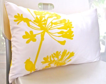 Yellow Print on Off White Cotton Cardinal on Agapanthus Rectangle Pillow