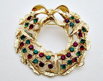 Christmas Vintage Pin Brooch Jewelry -  Wreath with Red Green Crystals Holiday Brooch