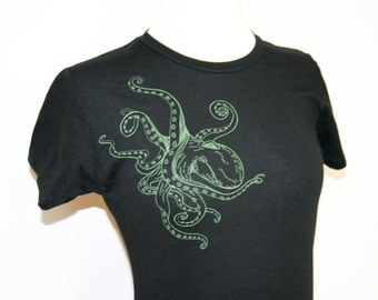 Green Octopus Crew T Shirt