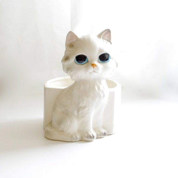 Lefton Kitty Cat Kitch Ceramic Planter or Catchall - Hand Painted - White with Gray and Blue Eyes