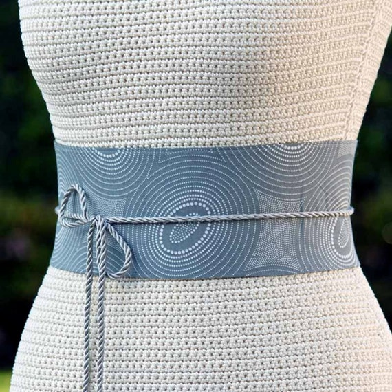 SAMPLE SALE - Reversible genuine lamb leather and fabric obi wrap cinch belt - grey with white pointelle pattern - size XS S