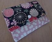 Zipper Snap Wallet - Mums in Bloom on Black