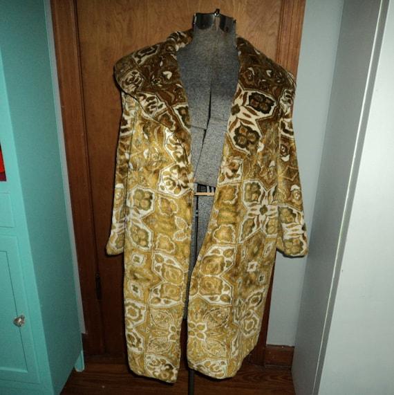 Swingin Mod 60's Gold Velvet Tapestry Coat Lg XL