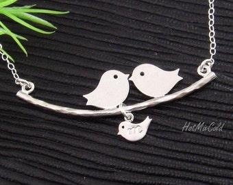 Family Necklace, Baby bird Initial. Silver Bird Necklace, Baby shower gift,  Personalized Necklace, Mother's Jewelry. Birds on tree Necklac