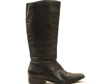 80s Soft Leather Knee High Boots with Flat Heel / sz 7