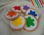 Rainbow felt sugar cookies, felt play food set of 6 cookies, bright colourful play food cookies, rainbow play sugar cookies. felt play food