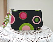 Wristlet Zipper Gadget Smart Phone Pouch Retro Circles in Black