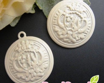CH-ME-01398-  Nickel Free, Off white enameled, Button charm with trophy embossment, 8 pcs