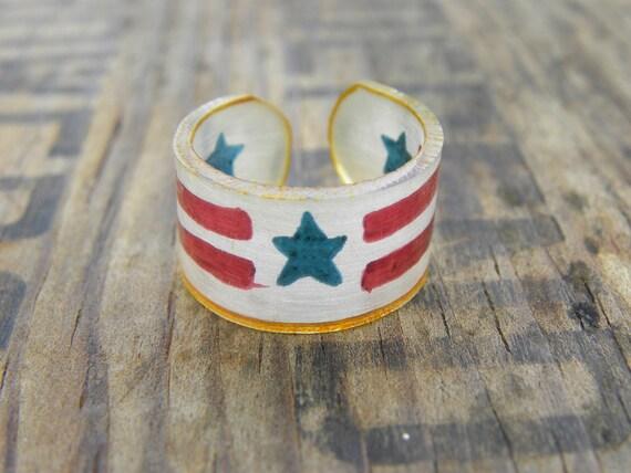 Americana Stencil Motif Shrink Plastic Ring