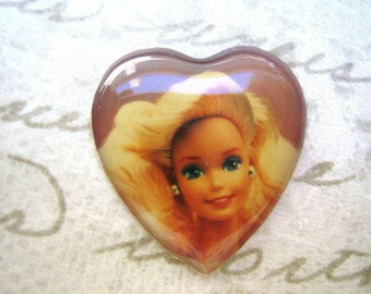 2 Vintage Barbie collectible  hearts cameo cabs for Jewelery Making (2)