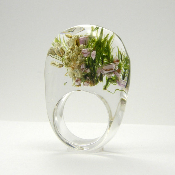 Clear Forest Resin Ring, Resin Ring with moss, heather and Garlic