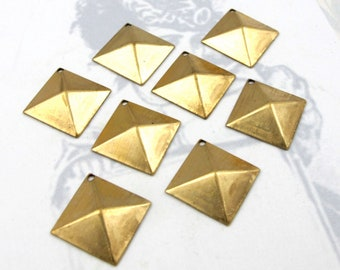 Brass Square Pyramid Stud Charms (10X) (M717)