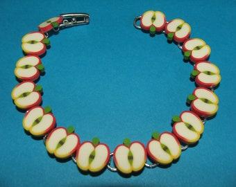 Fresh and fruity...........Apple Slices Bracelet